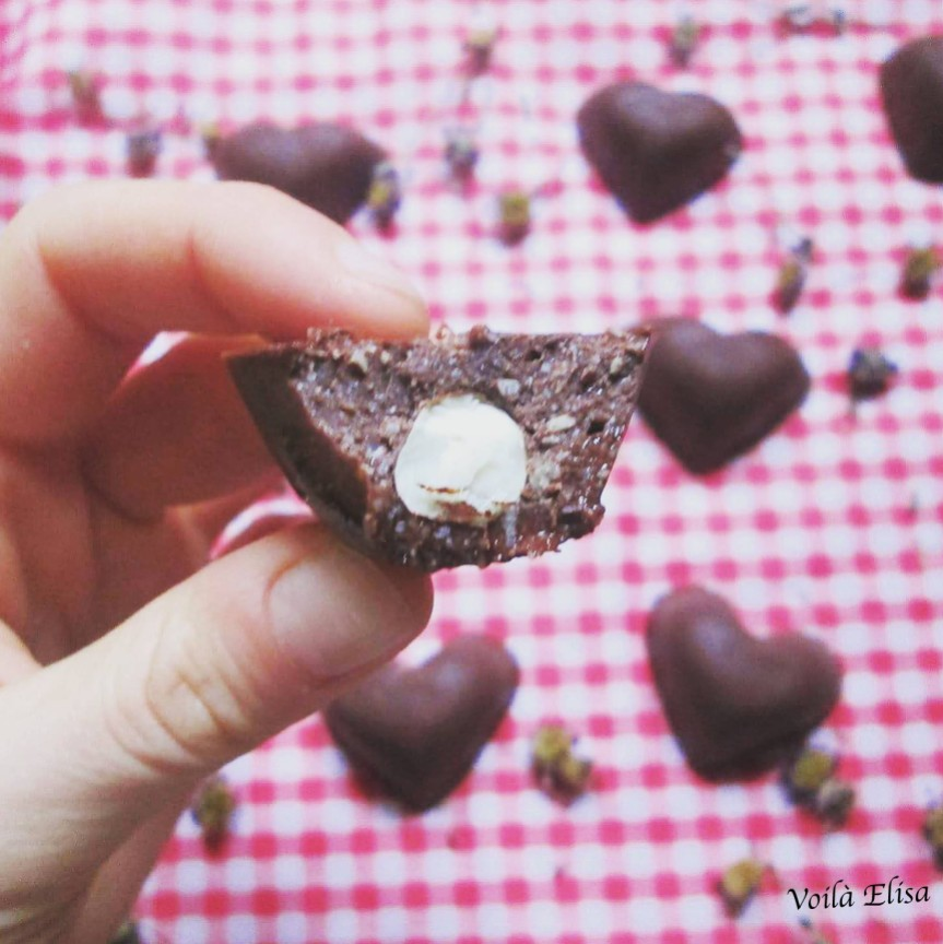 corazones-bombones-avellanas-ferreros-crudiveganos-san-valentin-amor-love