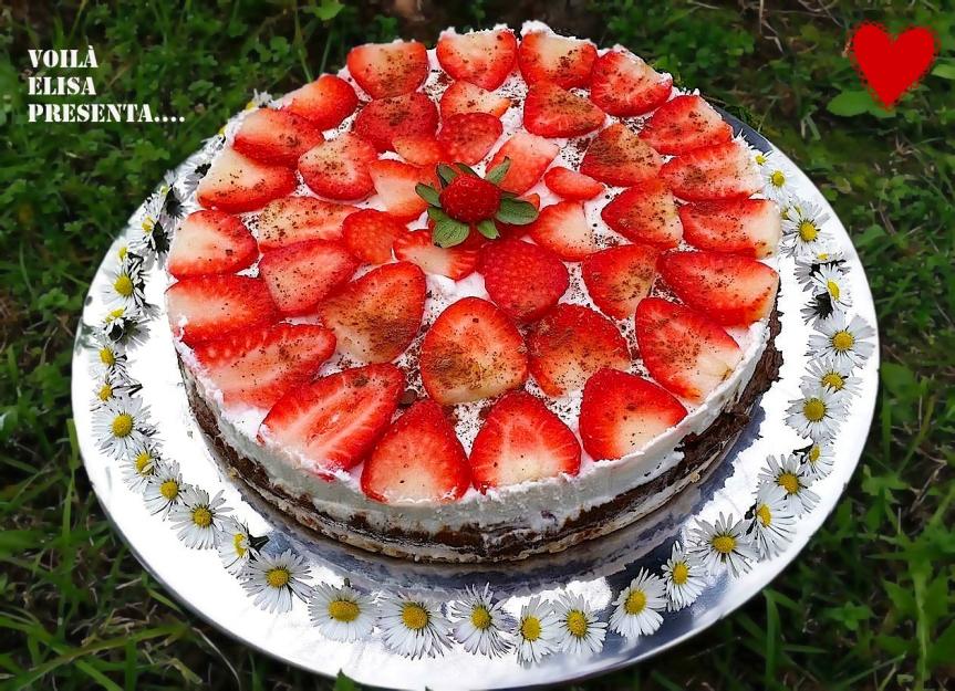 tarta-pastel-crudivegano-vegano-raw-fresa-nata-chocolate-sin-gluten-sin-azucar-sin-lactosa