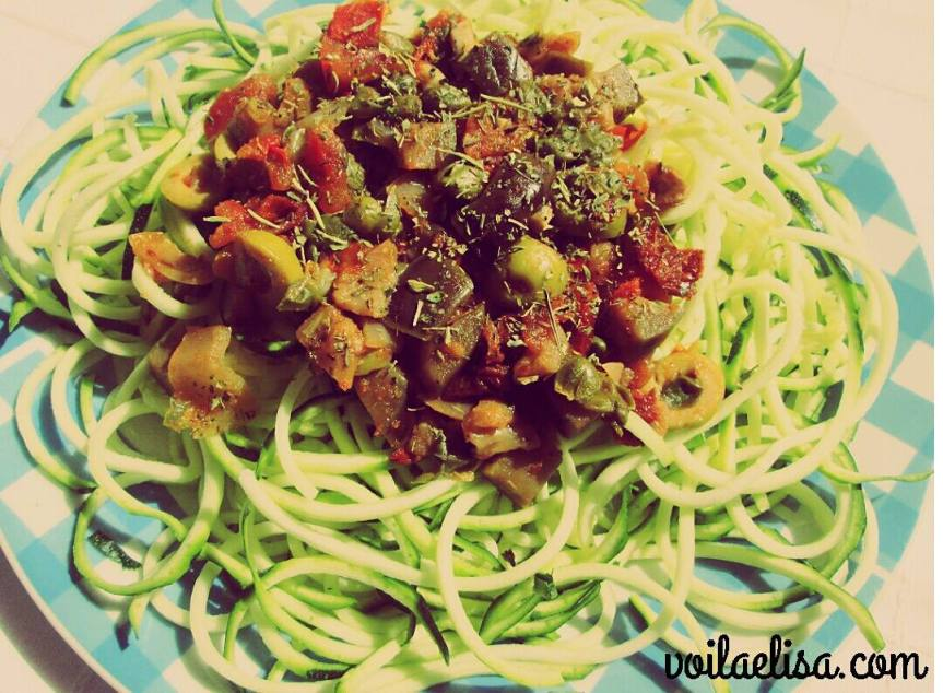 espaguetis-crudos-calabacin-crudivegano-sin-gluten